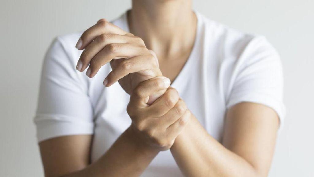 5 Cara Menurunkan Kadar Asam Urat dalam Tubuh