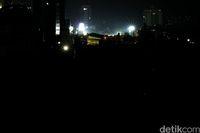 Jakarta yang gelap kala mati listrik di beberapa wilayah (Muhammad Ridho/detikcom)