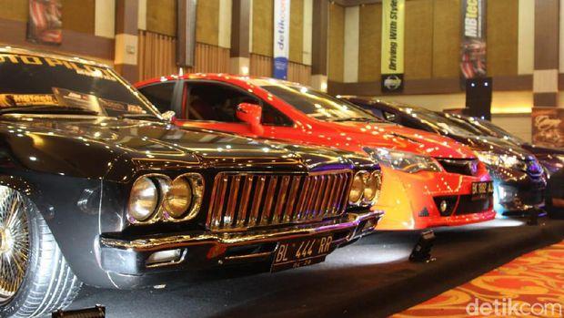 Mobil modifikasi di IAM Medan 2019