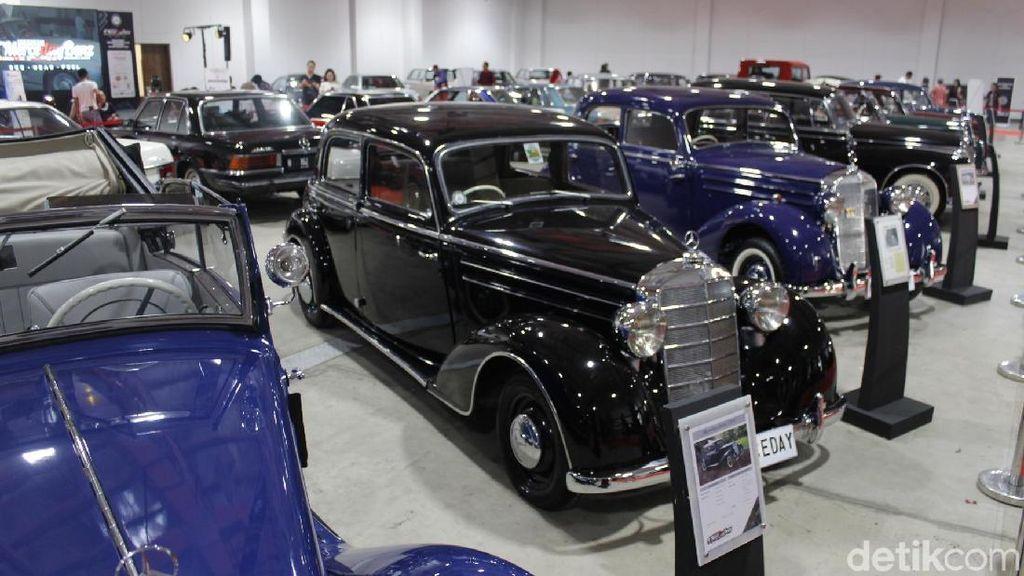 Bandung Lautan Mercedez-Benz