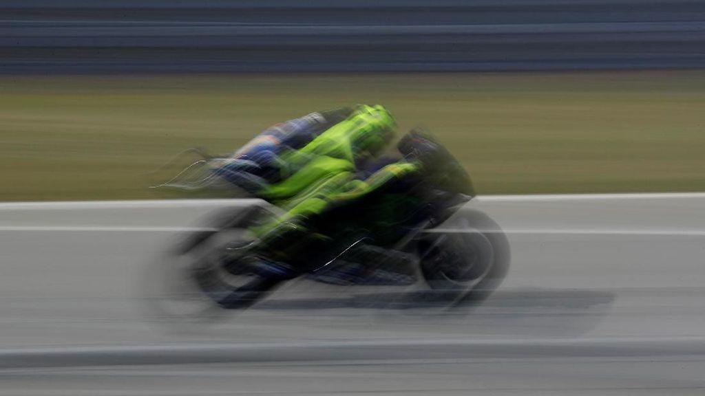 Dear Yamaha, Ini Curhat Rossi Soal Tunggangannya