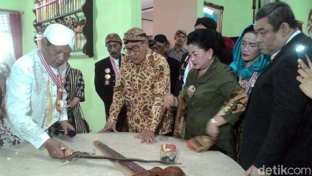 Mantan Bupati Wonogiri Pamerkan Ribuan Koleksi Senjata Tradisional
