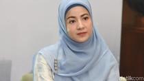 Listrik Padam, Natasha Rizki Jadikan Ajang Pembelajaran Bagi Anaknya
