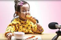 Akun Ini Dikecam Netizen, Usai Unggah Video Anak Kecil Makan Gurita Raksasa
