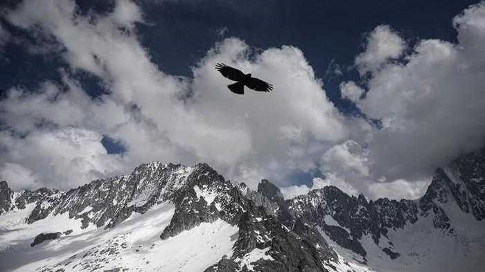 Pegunungan Alpen tak bersalju