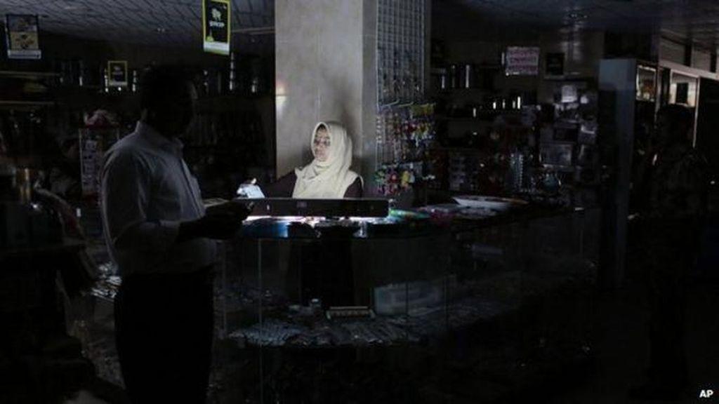 Minta Maaf, PLN Jelaskan Pemicu Listrik Padam di Sebagian Jakarta-Bekasi