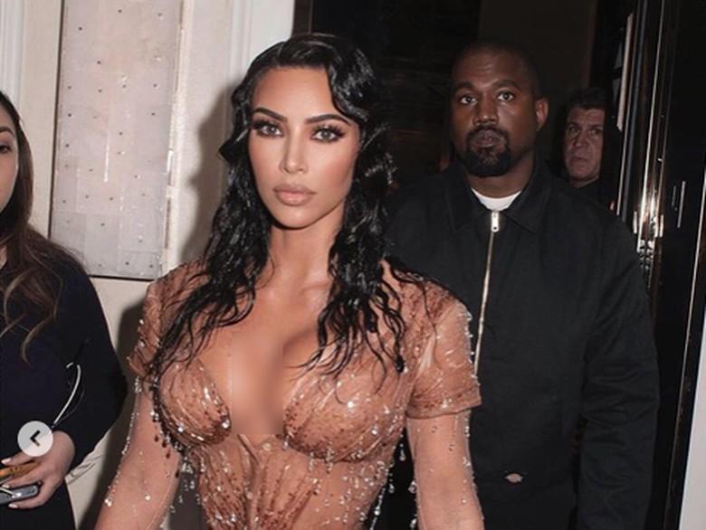 Kim Kardashian bohong soal Kanye West. Foto: Dok. Instagram/kimkardashian