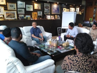 Warga Desa Komodo Berjuang ke Jakarta, Tolak Penutupan Pulau Komodo