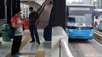 Jakarta Keluar dari 10 Kota Termacet, Ini 2 Kebijakan Anies yang Layak Diapresiasi