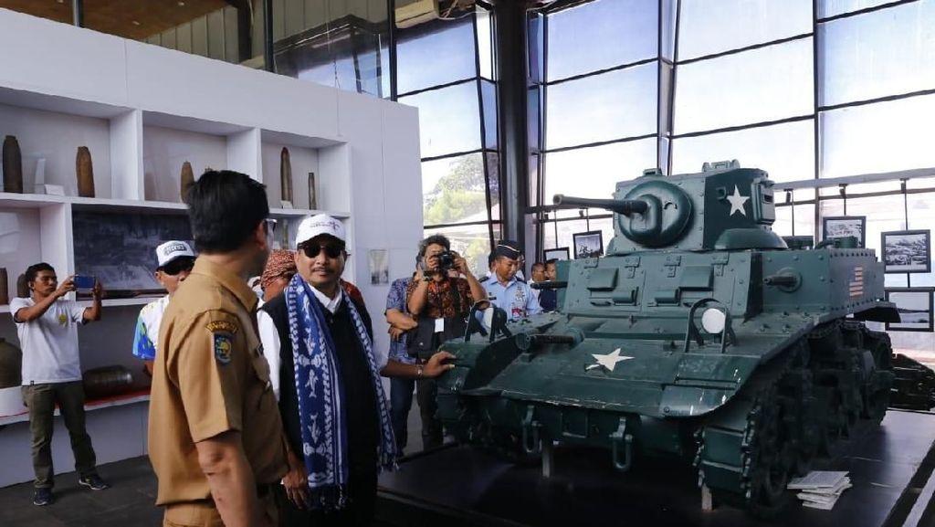 Hadiri Festival Morotai 2019, Menpar Kunjungi Museum Perang Dunia II