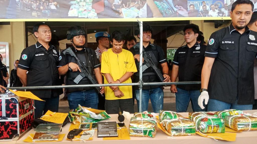 Pengedar Narkoba Ditangkap di Jakut, 10 Kg Sabu Diamankan