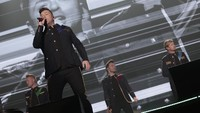 We Want More! Westlife Tutup Konser dengan World of Our Own