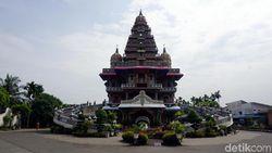 Mungkin Cuma di Indonesia, Gereja Berbentuk Kuil Hindu