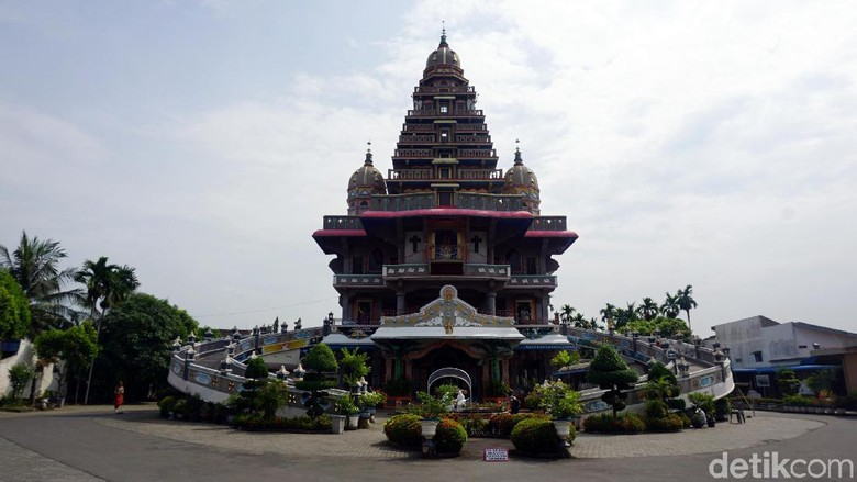 Gereja Graha Maria Annai Velangkani di Medan (Wahyu Setyo/detikcom)