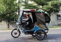 Sepeda motor di Medan disebut kereta..