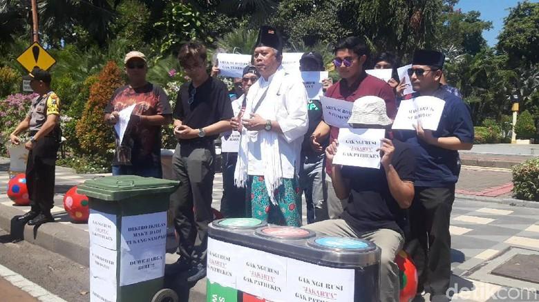 Arek Suroboyo Bela Risma, Tak Terima Diserang Anggota TGUPP Anies
