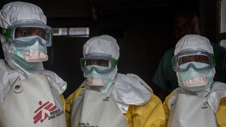 Pekerja Medis Jadi Sasaran Penyerangan, Penanganan Ebola Terhambat