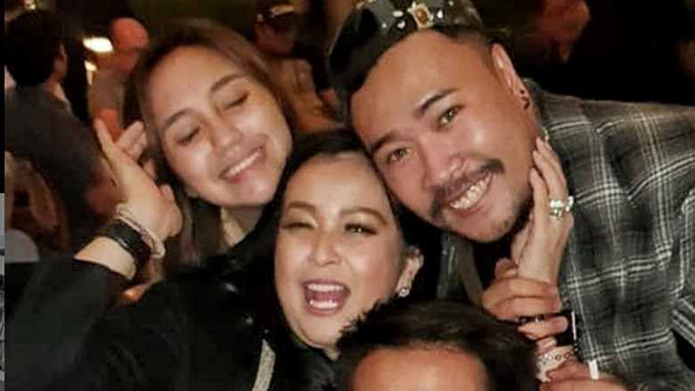 Foto: Joe, Salmafina dan keluarga Jennifer Jill (Joe memakai topi/ IG)