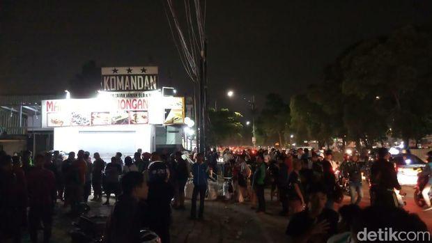 Kondisi terkini kafe nobar PSM-Persija di Tebet yang diserang