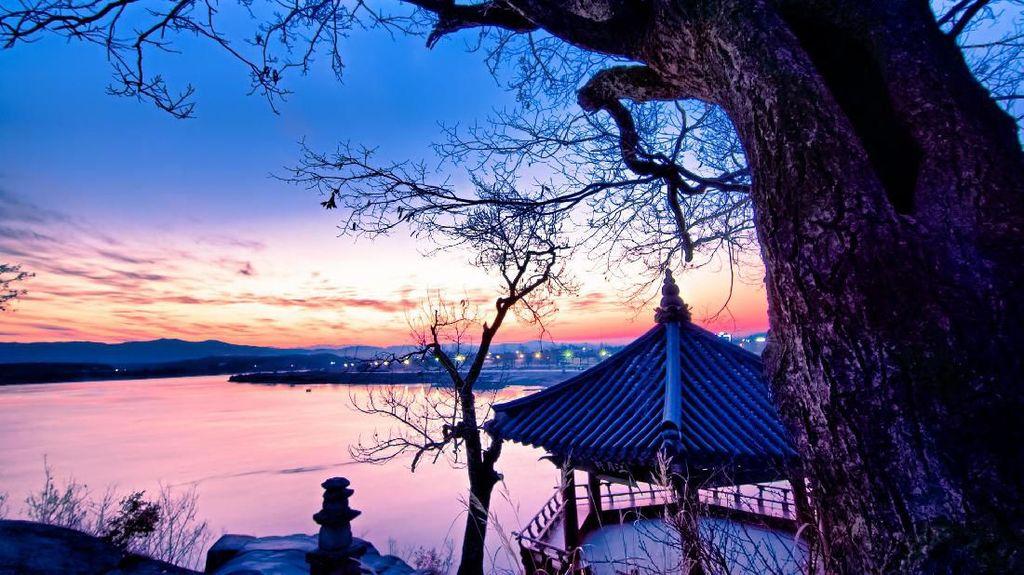 Mungkin Ini Kuil Paling Romantis di Korea Selatan