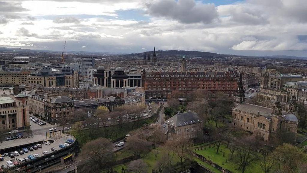 Tenggelam Dalam Abad Pertengahan di Skotlandia