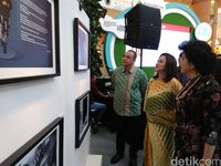 Bupati Tangerang Buka Pameran Foto 7 Perempuan 7 Rupa