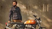 Dalam portfolionya, pria lulusan Universitas Texas itu setidaknya sudah berganti enam motor di sejumlah negara yang menjadi rute touring-nya. Foto: instagram Alex Chacon
