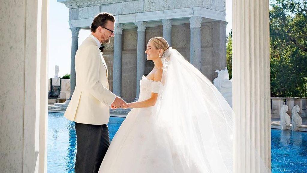 Mewahnya Pernikahan Crazy Rich New York yang 5 Kali Ganti Gaun Pengantin