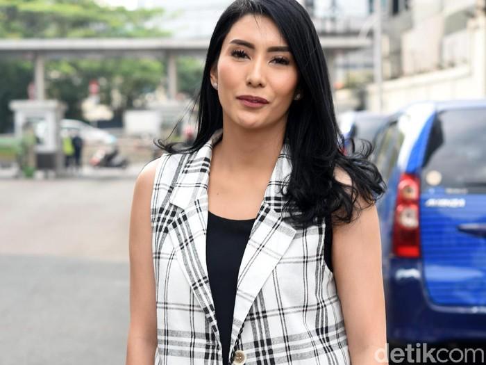 Tyas Mirasih saat ditemui di studio Trans TV.