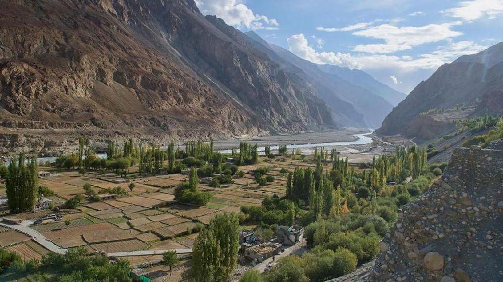 Foto: Desa yang Kehilangan Negaranya
