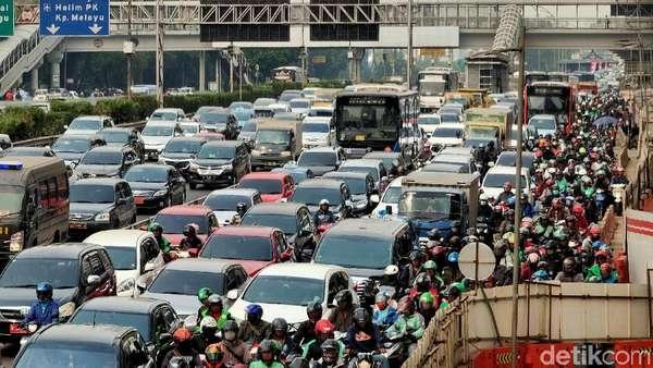 Motor Penyumbang Polusi Tertinggi DKI Jakarta