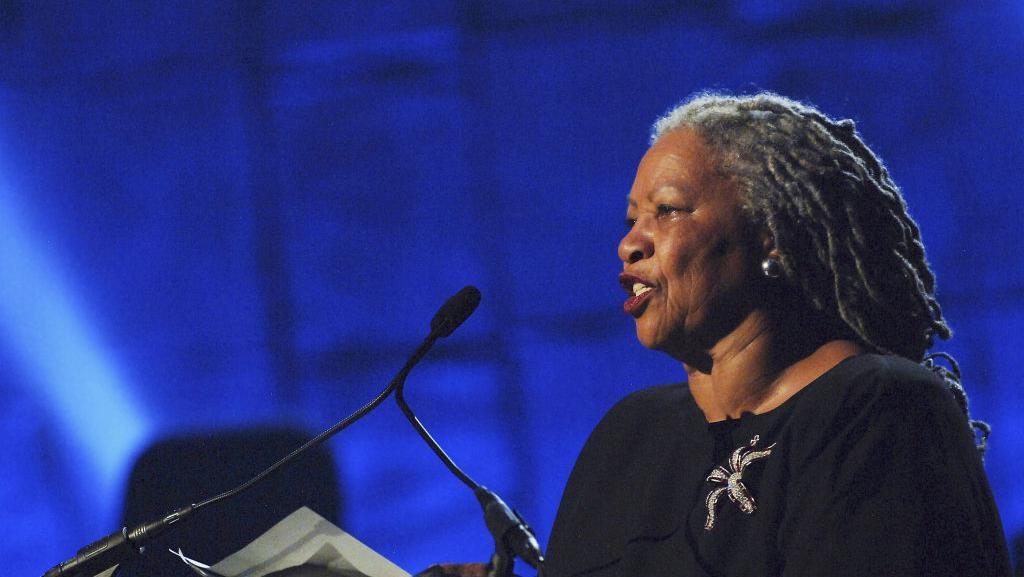 Peraih Nobel Sastra Toni Morrison Meninggal di Usia 88 Tahun