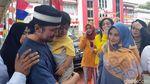 Tangis Istri Menyambut Kebebasan Mandala Shoji