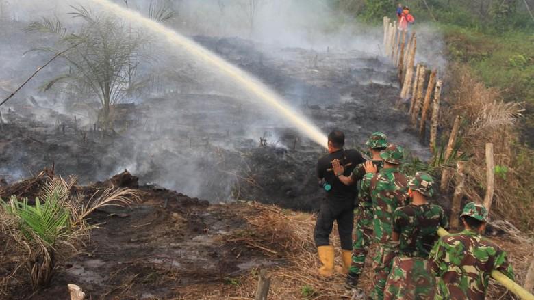 Karhutla di Aceh Barat Padam, Heli Water Bombing Digeser ke Riau