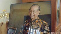 Sosok Cosmas Batubara, Menteri Era Soeharto yang Tutup Usia