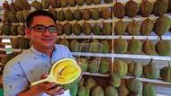 Penjual Durian Ini Dapat Untung Rp. 27 Milliar Per Bulan