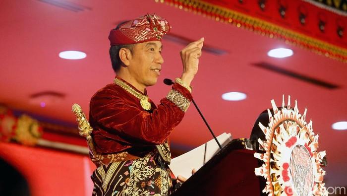 Jokowi di Kongres PDIP (Foto: Grandyos Zafna)