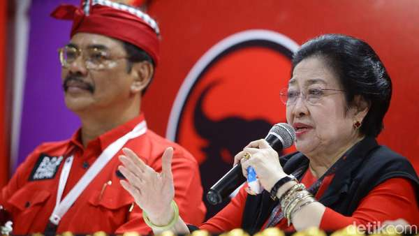Kode Regenerasi dalam Canda Megawati