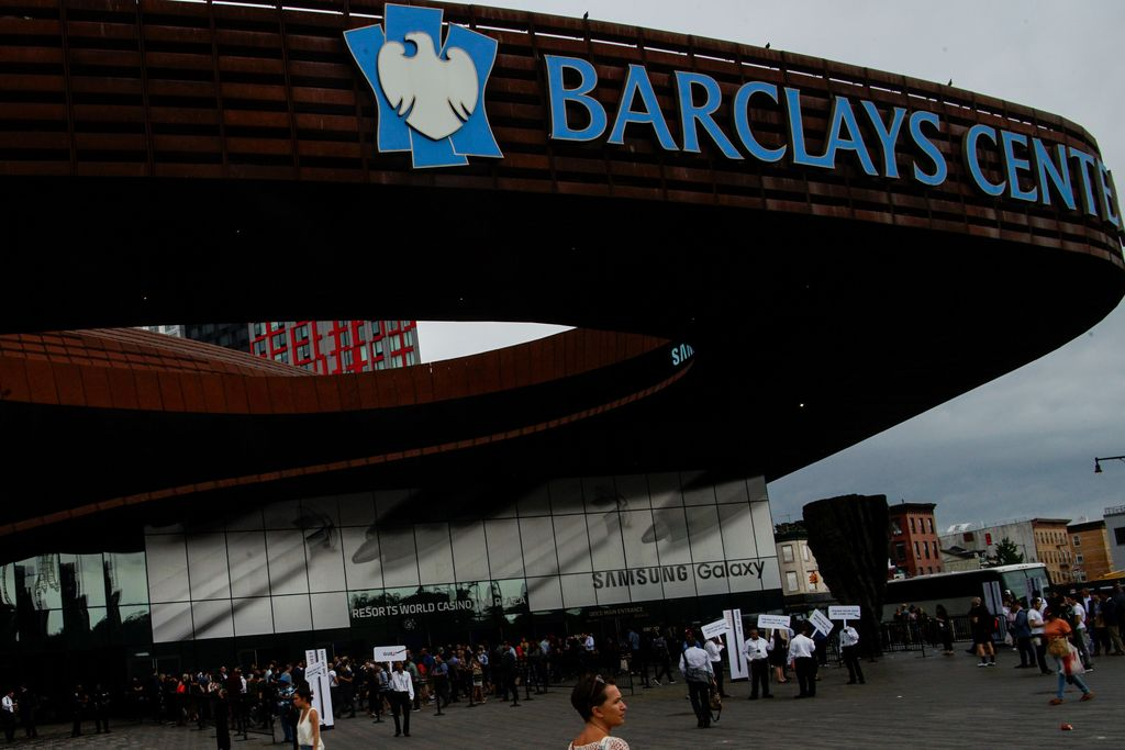 Acara peluncuran Galaxy Note 10 dilangsungkan di gedung Barclays Center di Brooklyn, New York. Foto: Reuters