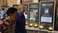 Mantan Menteri Perumahan Cosmas Batubara menghadiri peluncuran buku, 'Abdul Gafur Zamrud Halmahera' di Balai Kartini, 10 Januari 2019.