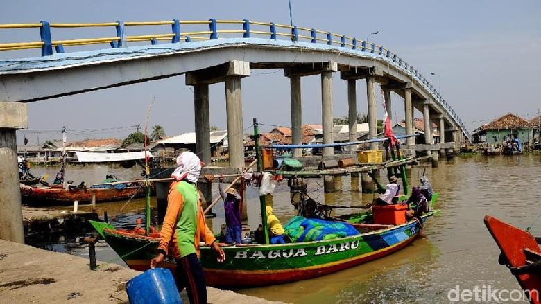 7.782 Nelayan Terdampak Tumpahan Minyak Pertamina di Karawang
