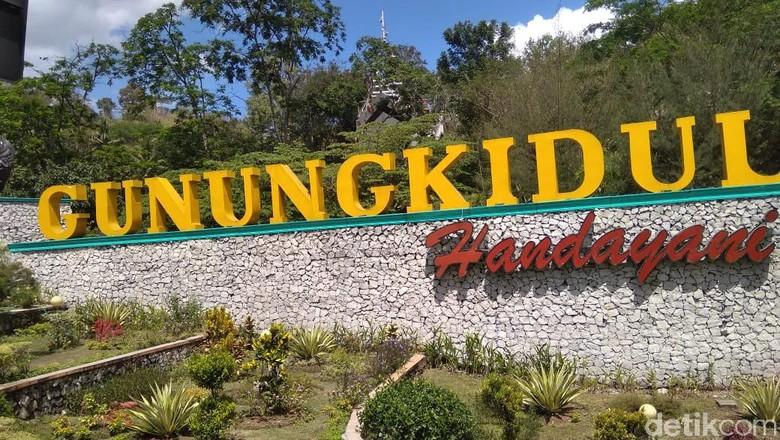 Gunungkidul, pintu masuk Kabupaten Gunungkidul, (8/8/2019).