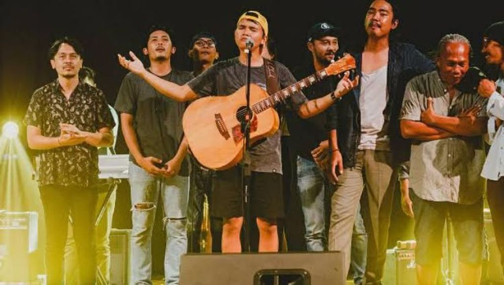 Musisi Indie Nosstress Pukau Wisatawan Milenial di Buleleng Festival