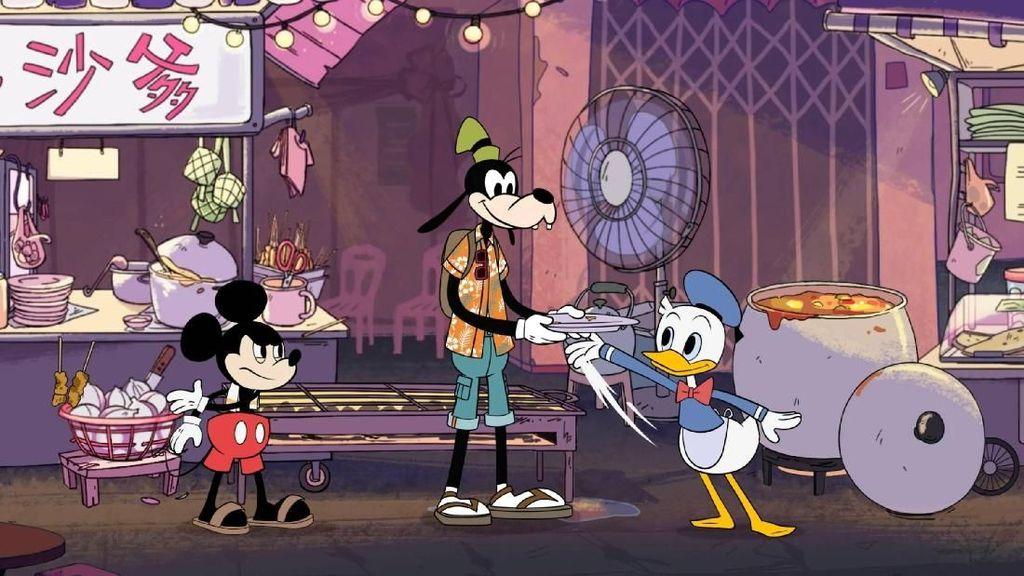 Gemasnya! Donald Duck dan Mickey Mouse Jualan Roti Canai hingga Sate