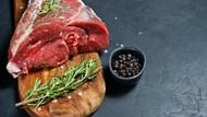 Apa Benar Makan Daging Kambing Picu Kolesterol Naik?