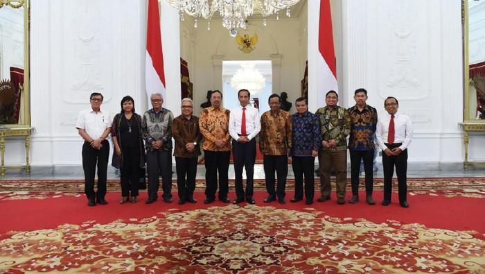 Pengurus APHTN-HAN menghadap Jokowi (ist.)