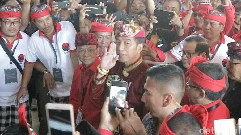 Hasil gambar untuk jokowi' kongres pdip