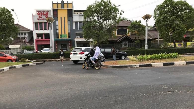 Begini Detik-detik Aksi Pak Ogah Begal Payudara di Bintaro Tangsel