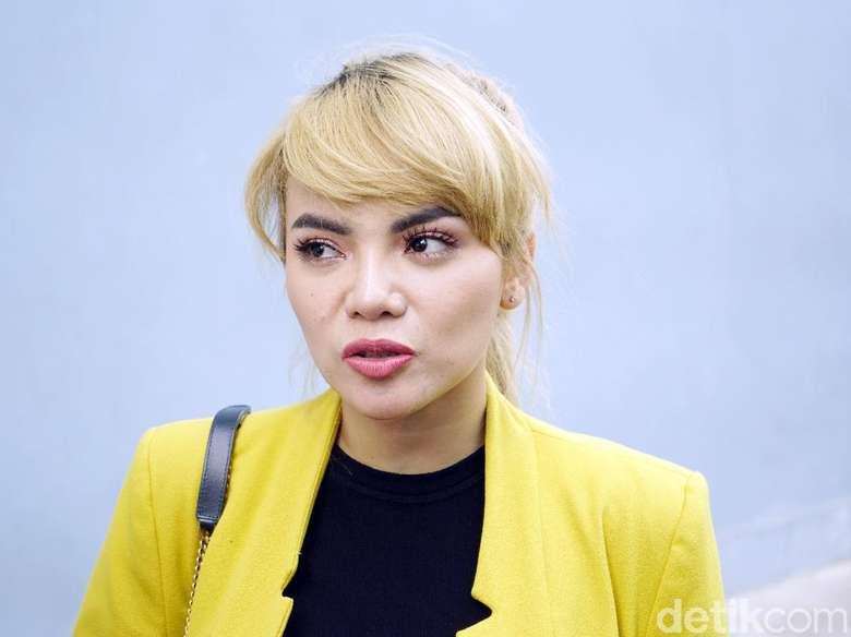 Tanggapan Dinar Candy soal Ancaman Somasi dari Bebby Fey