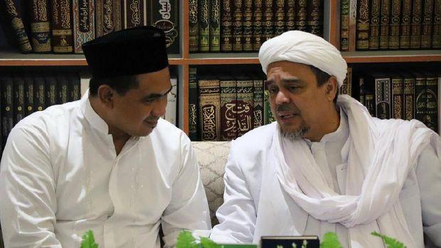 Munarman: Hubungan Habib Rizieq-Mbah Moen Baik, Tapi Ada Pengadu Domba